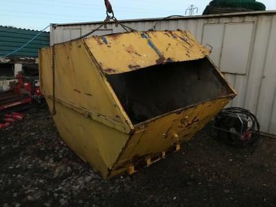 ENCLOSED RUBBISH WASTE SKIP WAGON LORRY HOOKLOADER TRUCK