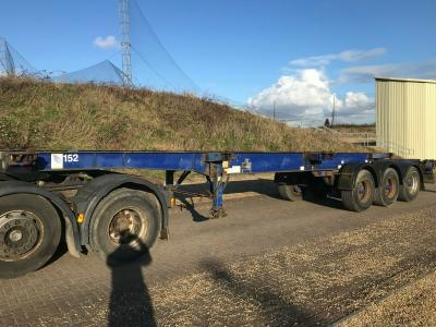 DENNISON CONTAINER SKELLY TRAILER TRACTOR UNIT